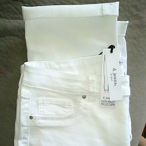 Ladies d. Jeans brand